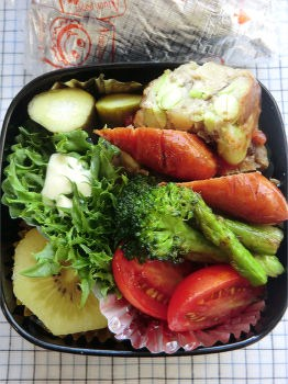 110725lunch1a350